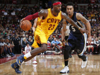 Oct. 12, 2015 - Columbus, OH, USA - LeBron James (23) of the Cleveland Cavaliers is guarded by Courtney Lee (5) of the Memphis Grizzlies during an NBA preseason game on Monday, Oct. 12, 2015, at Value City Arena in Columbus, Ohio (Photo by Barbara J. Perenic/Zuma Press/Icon Sportswire)